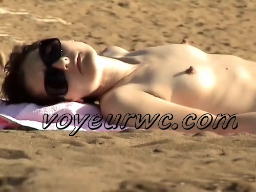 Beach video with many naked amateur women. Spy cam and some pregnant woman on the beach (Puppy`s Beach Memorie 04-05)