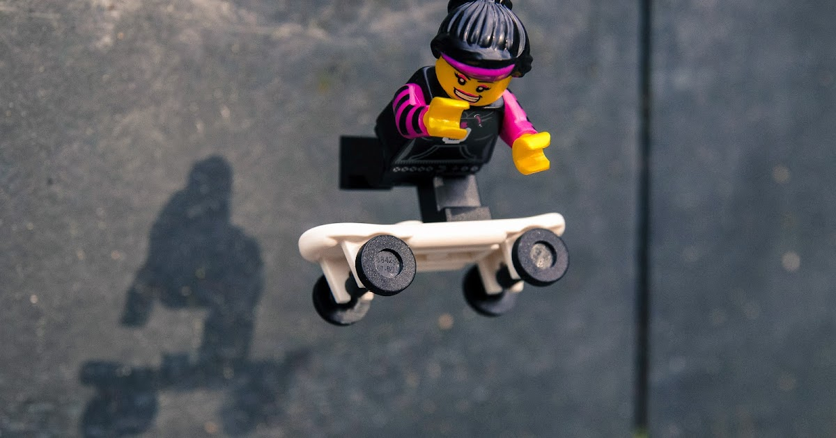 Skater Girl Wallpaper Lego Minifigures In The Wild Lego Minifigure Series 6