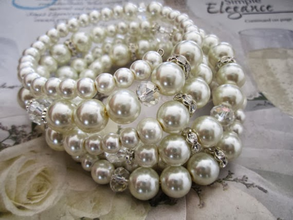 Wedding pearl bracelet, pearl and rhinestone