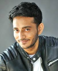 Tanishk Bagchi Family Wife Son Daughter Father Mother Age Height Biography Profile Wedding Photos