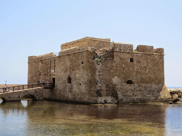 Cyprus Road Trip: Castle of Paphos in the water of Paphos Harbour
