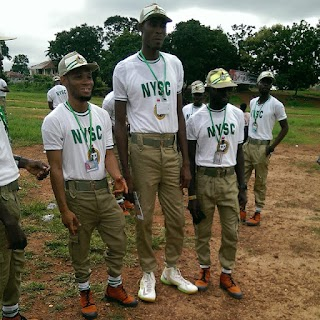 See The Tallest Corper At Enugu NYSC Orientation Camp (Photos)