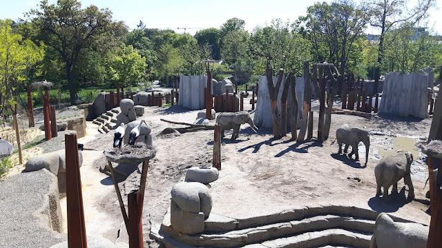neues Elefantengehege im Zoo Basel