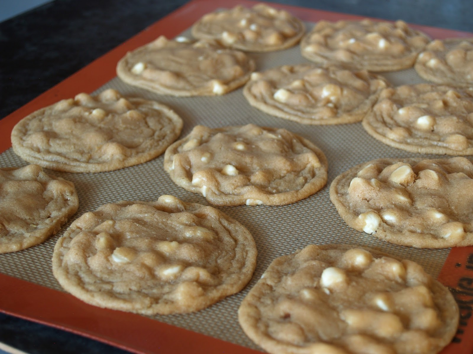 Hungry Hungry Highness: Lemon White Chocolate Chip Cookies