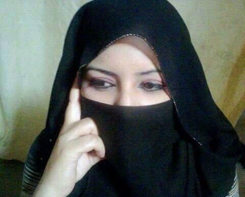 اروى الزهراني سعودية جامعية عمرها 27 عام تبحث عن زوج ابن حلال