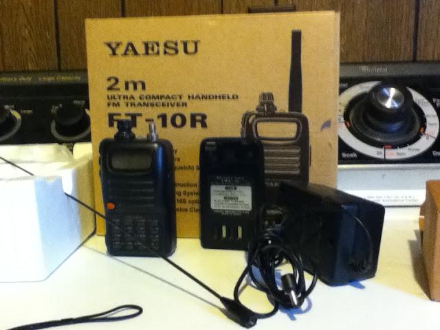 Yaesu FT-10R Handie Talkies