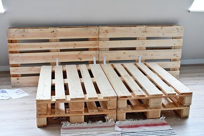 diy palettenbett selber bauen gewinnspiel fashion kitchen bloglovin. Black Bedroom Furniture Sets. Home Design Ideas