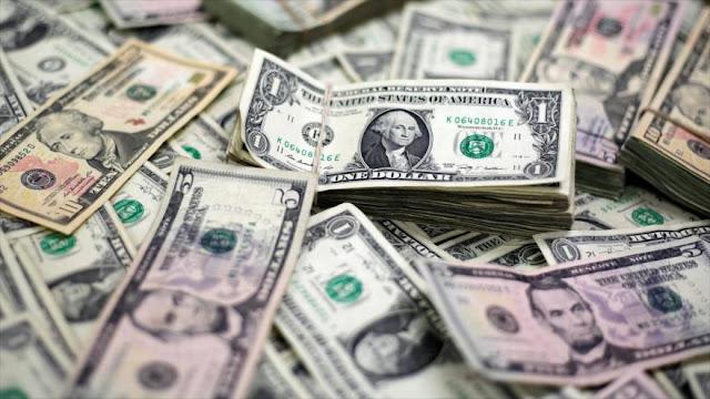 Abril puede convertirse en el peor mes para el dólar en décadas