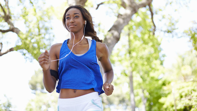 Exercise May Lower Risk of UTIs and Other Infections