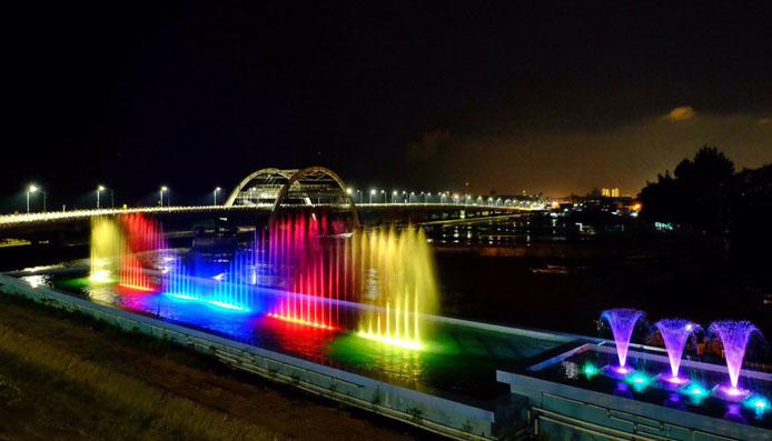 Tempat Instagenic Jembatan Suroboyo