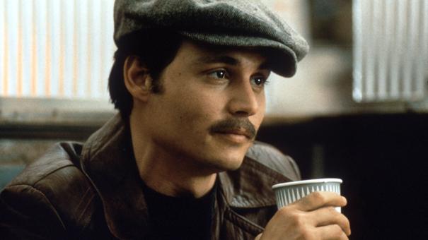 Johnny Deep camino de ser el protagonista en Un asesinato en el Orient Express 1