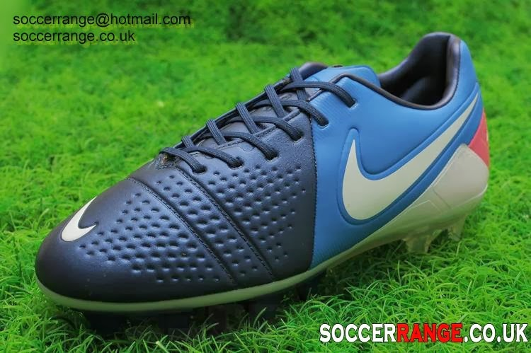 372a3feb0 The Nike CTR Maestri III FG is not only a mere football cleat