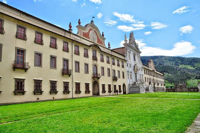 Fachada do edifício em que funciona o Museu de História Natural da Universidade de Pisa