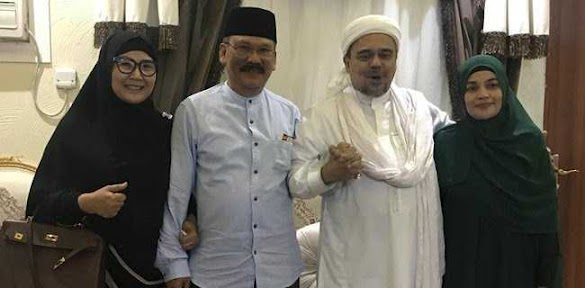 90 Menit Dengan HRS Di Mekkah