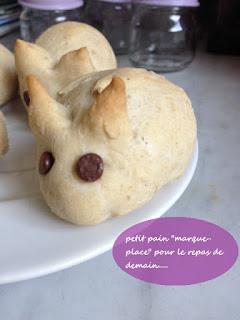 petit lapin en pate à pain