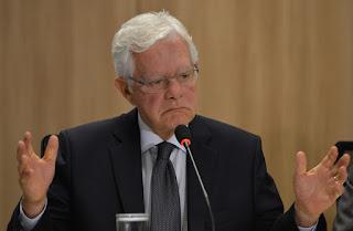 Juiz do DF suspende nomeação de Moreira Franco para ministro