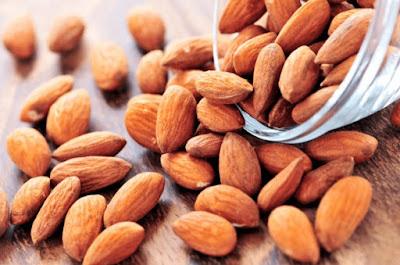 Manfaat Luar Biasa Kacang Almond Untuk Kesehatan Dan Kecantikan