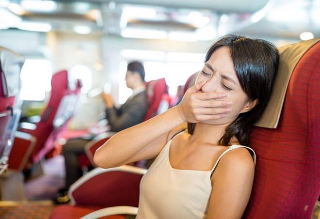 18 nỗi khổ của người say tàu xe và 9 cách để chống say xe cực hiệu quả