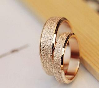 Model Cincin Tunangan Sederhana01