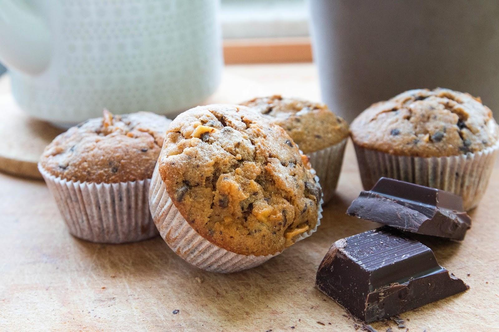 apfel schoko muffins mit haferflocken nascheule. Black Bedroom Furniture Sets. Home Design Ideas