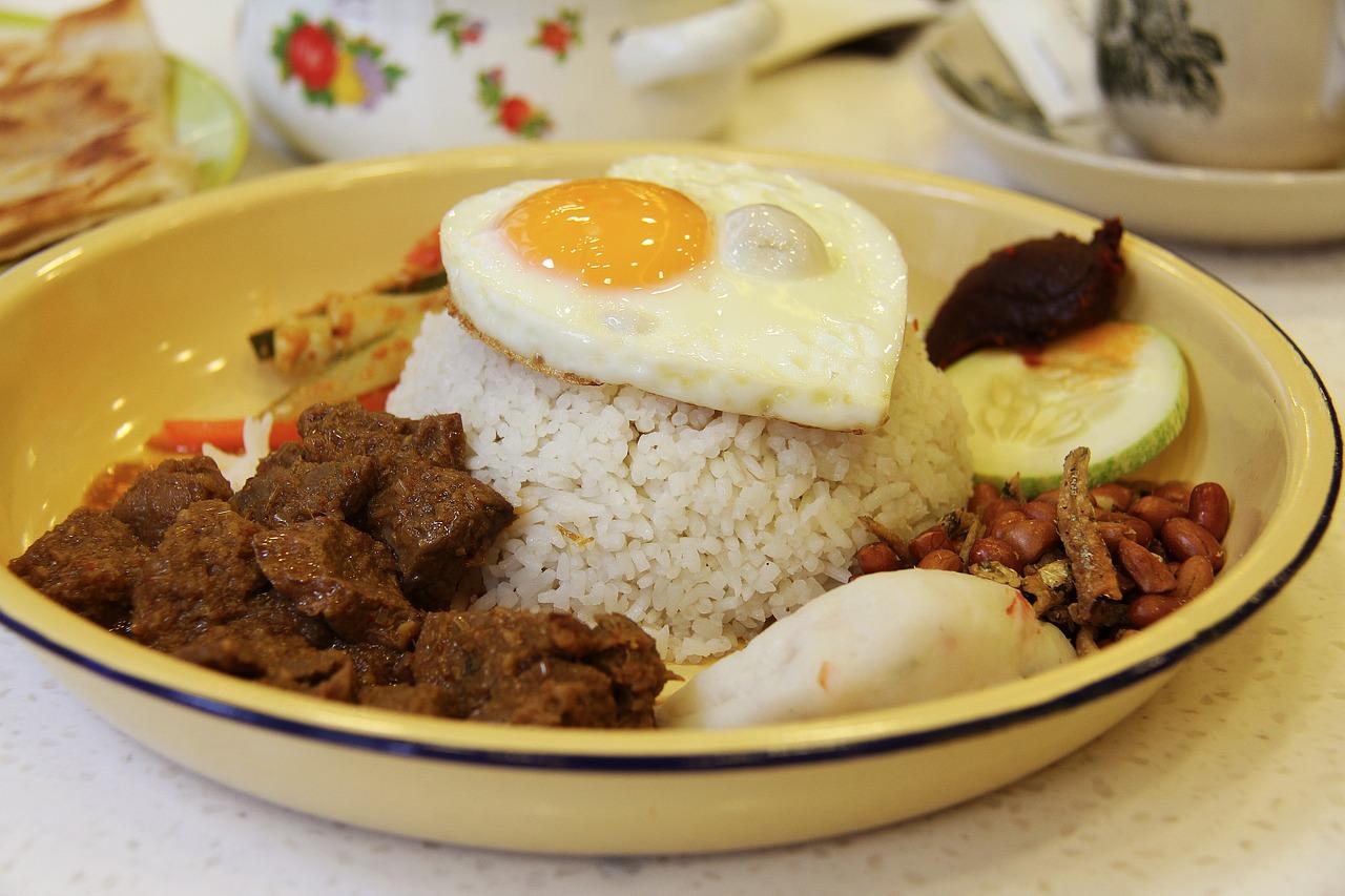 Ajar Masak Rendang Makanan Khas Indonesia Yang Mendunia