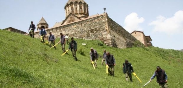 USAID reafirma su continuo apoyo al desminado de Artsaj