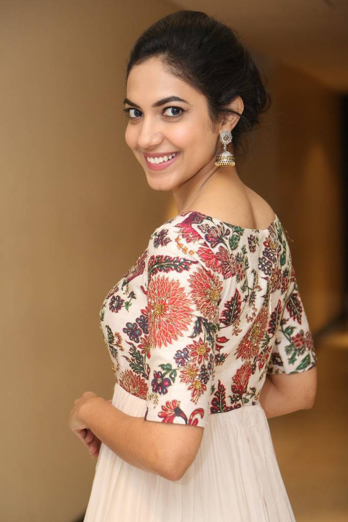 Ritu Varma At Pelli Chupulu National Award Winning Celebration Stills