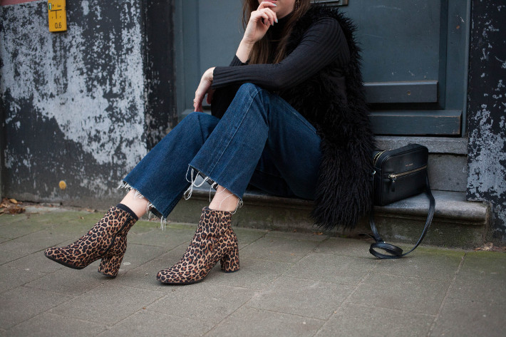 Outfit: 70s inspired in shaggy faux fur and leopard boots