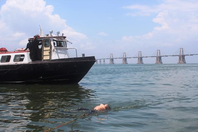 Atracan y asesinan a 6 pescadores en medio del Lago de Maracaibo