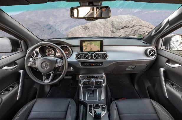 2017 Mercedes-Benz X-Class REVIEW