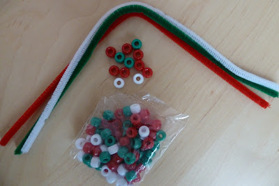 Bead and pipe cleaner threading activity