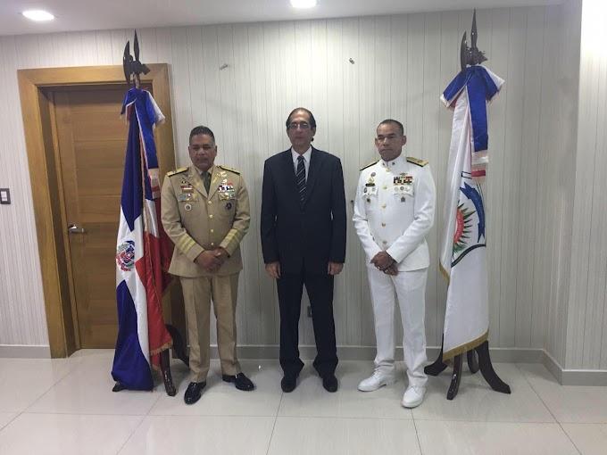 Ministro de la Presidencia, Gustavo Montalvo, posesiona nuevo presidente DNCD y le exhorta a velar por intereses de la sociedad