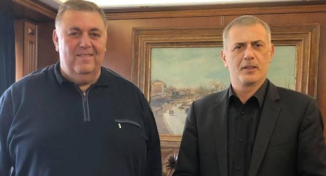 ΠΕΙΡΑΙΑΣ ΝΙΚΗΤΗΣ: Ο  Νίκος Γρυπαίος υποψήφιος δημοτικός σύμβουλος με τον  Γιάννη Μωράλη