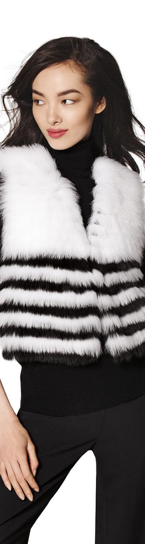 Neiman Marcus Cashmere Collection Fox-Fur Cropped Vest