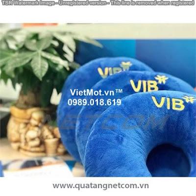 Chữ u thêu logo VIB
