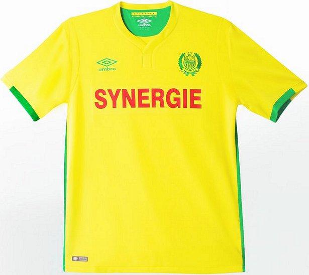 e30a691051bb0 Umbro divulga nova camisa titular do Nantes - Show de Camisas