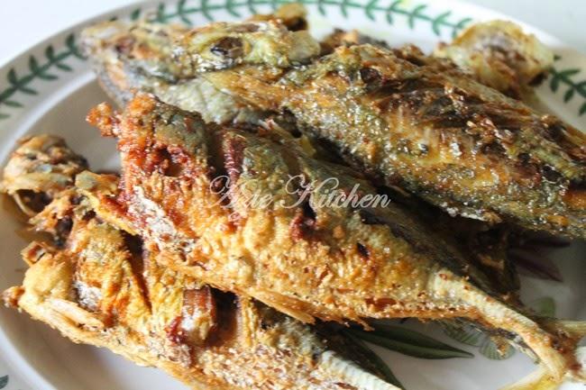 Ikan Goreng Berlado Ala Minang