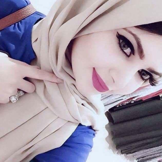 سعودية عزباء لديها شقة تبحث عن رجل للزواج دون شروط