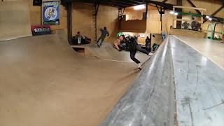 ローデットロングボード大使オリちゃんもスケートパーク満喫