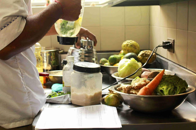 Si quieres profundizar en esta alimentación te invitamos a participar de los Cursos de Cocina Saludable. Este curso es intensivo y por niveles para que encuentres ese equilibrio, esta es nuestra programación de Octubre
