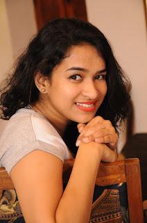 Actress Misha Ghoshal Stills from Unnodu Ka Tamil Movie  0003.jpg
