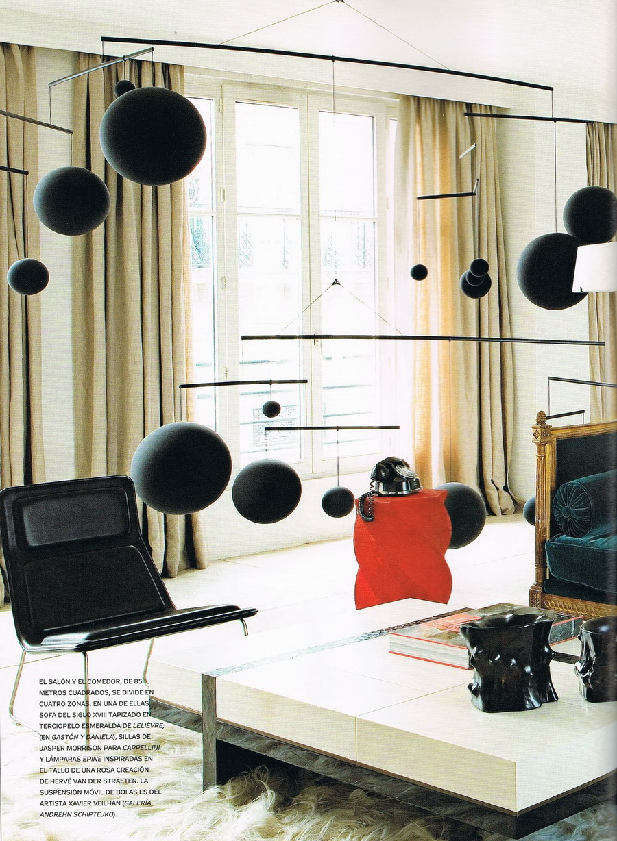 iiiinspired at the home of designer herv van der straeten. Black Bedroom Furniture Sets. Home Design Ideas