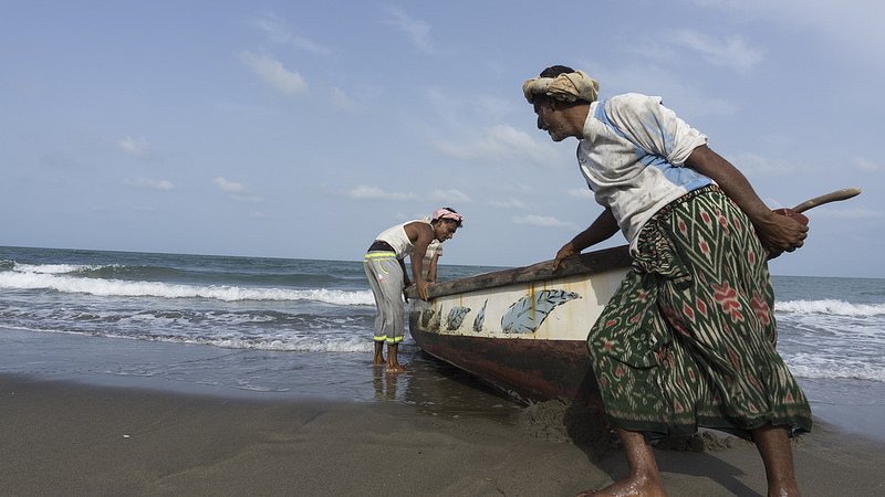 <Eritrea releases 37 Yemeni fishermen