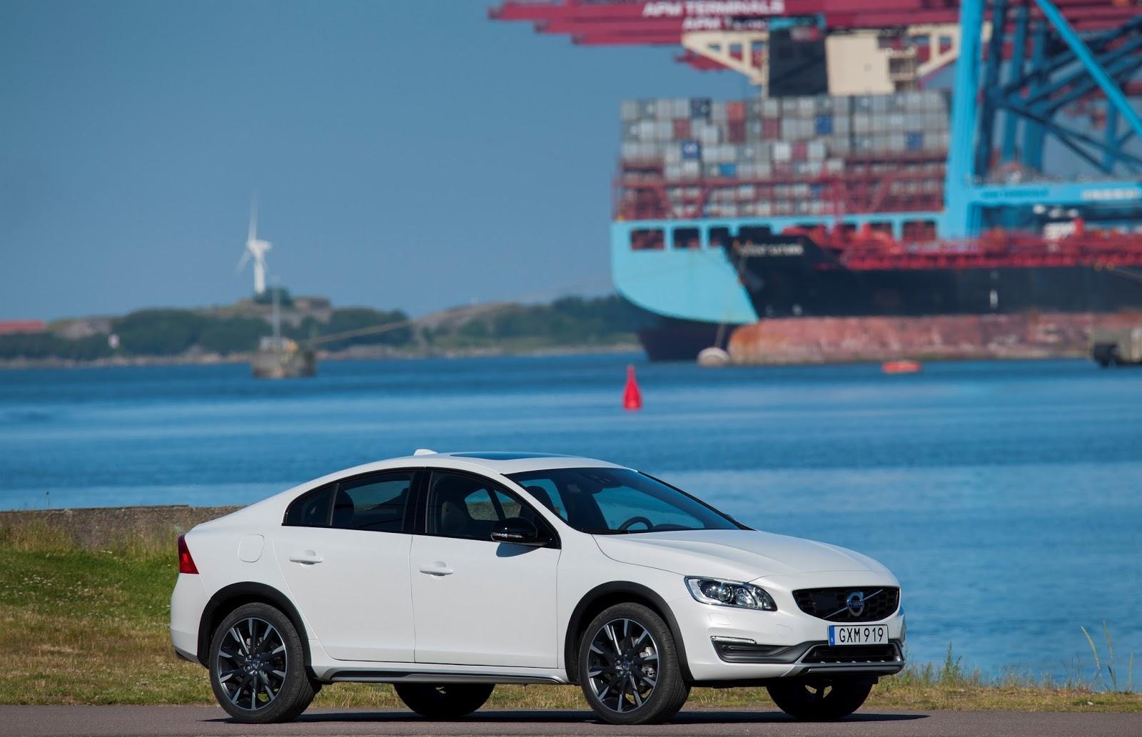VOLVO%2BS60%2BCROSS%2BCOUNTRY%2B1 Η Volvo με το νέο S60 Cross Country δημιουργεί το πρώτο sedan με διττό χαρακτήρα