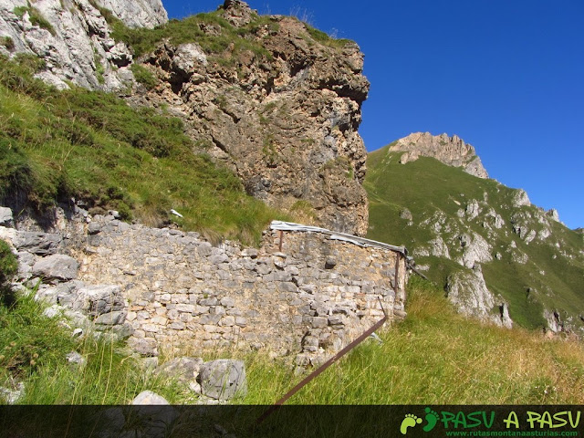 Casetas abandonadas minas Hachero