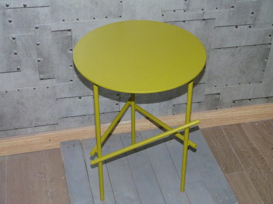 mesa-acero-pintura-acrilica