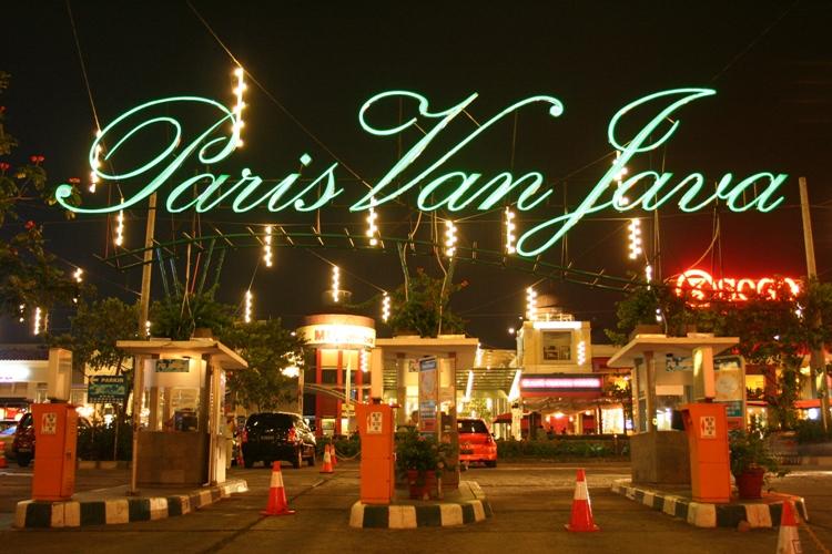 Paket Wisata Bandung Qinanatour Mall Bandung Paris Van Java Pvj