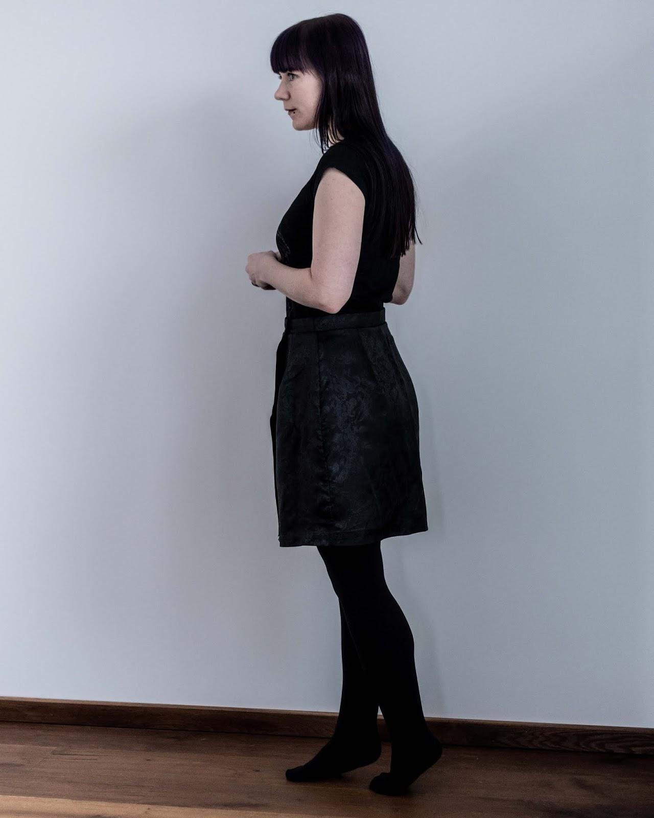Nita wrap skirt sew diy sewing pattern made by minn's things side view