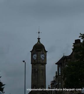 Torre del reloj de la rotonda en Stirling