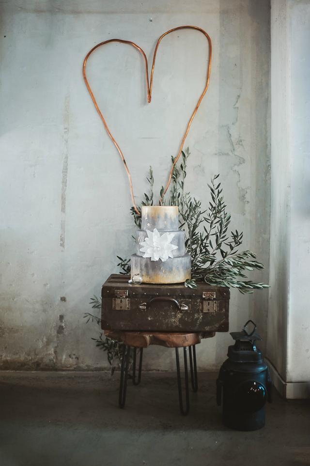 tarta de boda industrial - Acaramelada - Blog Mi Boda